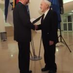 Ministerpräsident a.D. Matthias Platzeck mit Abram Lancman