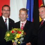 Ministerpräsident a.D. Matthias Platzeck mit Artur Labrenz