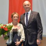 Landesordensträgerin Asmus Heilgard mit Ministerpräsident Dietmar Woidke, Foto Oliver Lang