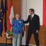 Ministerpräsident a.D. Matthias Platzeck mit Edith Sparmann
