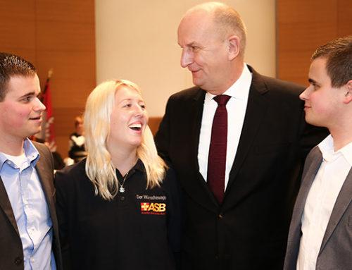 """""""Danke!"""" – Stark und Woidke zollen Ehrenamtlern hohe Anerkennung – Traditioneller Empfang in der Staatskanzlei"""