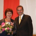 Ministerpräsident a.D. Matthias Platzeck mit Hannelore Steer