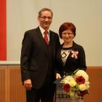 Ministerpräsident a.D. Matthias Platzeck mit Heidemarie Göbel