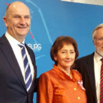 Landesordensträgerin Helga Breuninger mit Ministerpräsident Dietmar Woidke, Foto brandenburg.de