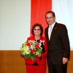 Ministerpräsident a.D. Matthias Platzeck mit Hildegard Petter