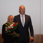 Ministerpräsident Dietmar Woidke mit Horst Jänichen