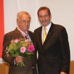 Ministerpräsident a.D. Matthias Platzeck mit Dr. Hubert Schrödinger