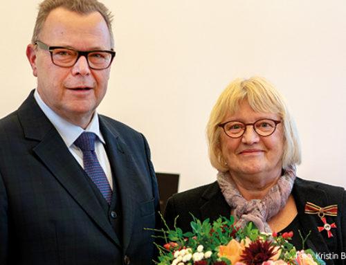 Ordensverleihung: Bundesverdienstkreuz für Uta Leichsenring