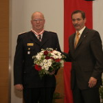 Ministerpräsident a.D. Matthias Platzeck mit Jürgen Helmdach