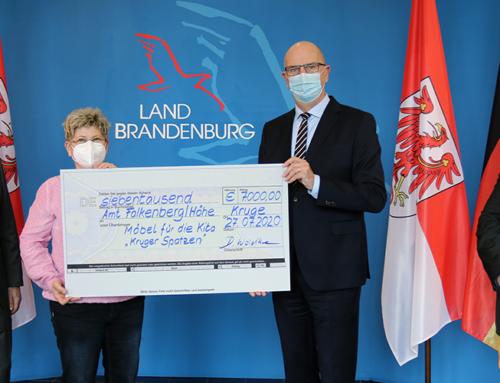 """Landesregierung unterstützt Kita `Kruger Spatzen` mit 7.000 Euro aus Lottomitteln – Woidke: """"Wer anderen hilft, dem wird geholfen"""""""