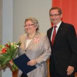 Ministerpräsident a.D. Matthias Platzeck mit Petra Brückner