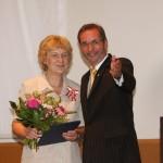 Ministerpräsident a.D. Matthias Platzeck mit Renate Seidel