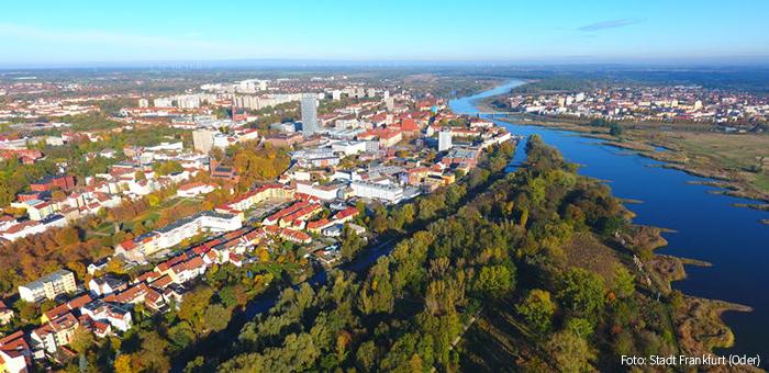 Poln. Stadt An Der Oder
