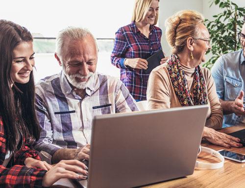 Jetzt bewerben: Goldener Internetpreis 2019 – digital aktiv im Alter!