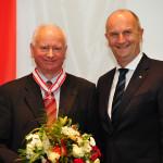 Ministerpräsident Dietmar Woidke mit Wilfried Jahnke