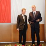 Ministerpräsident Dietmar Woidke mit Prof. Dr. Wolfgang Huber